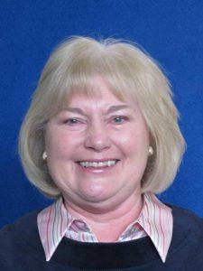 Dr Linda Steynor